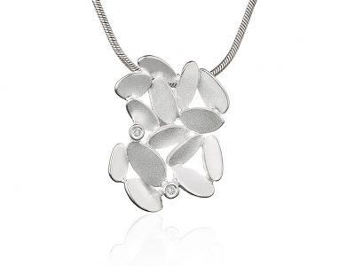 """Sølvanheng """"Glimmer lyng"""" med Diamanter"""