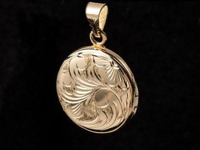 Sisselert gull medaljong